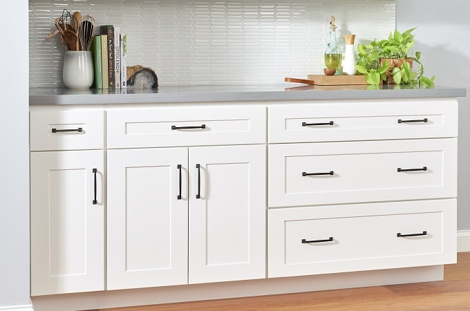 Wolf Classic Cabinets - Dartmouth in White Paint | Wolf Home ...