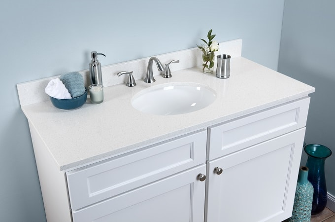 Wolf Classic Cabinet in White & Quartz Vanity Top in Diamond White