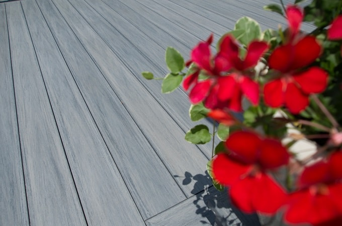 Wolf Serenity Decking in Driftwood Grey