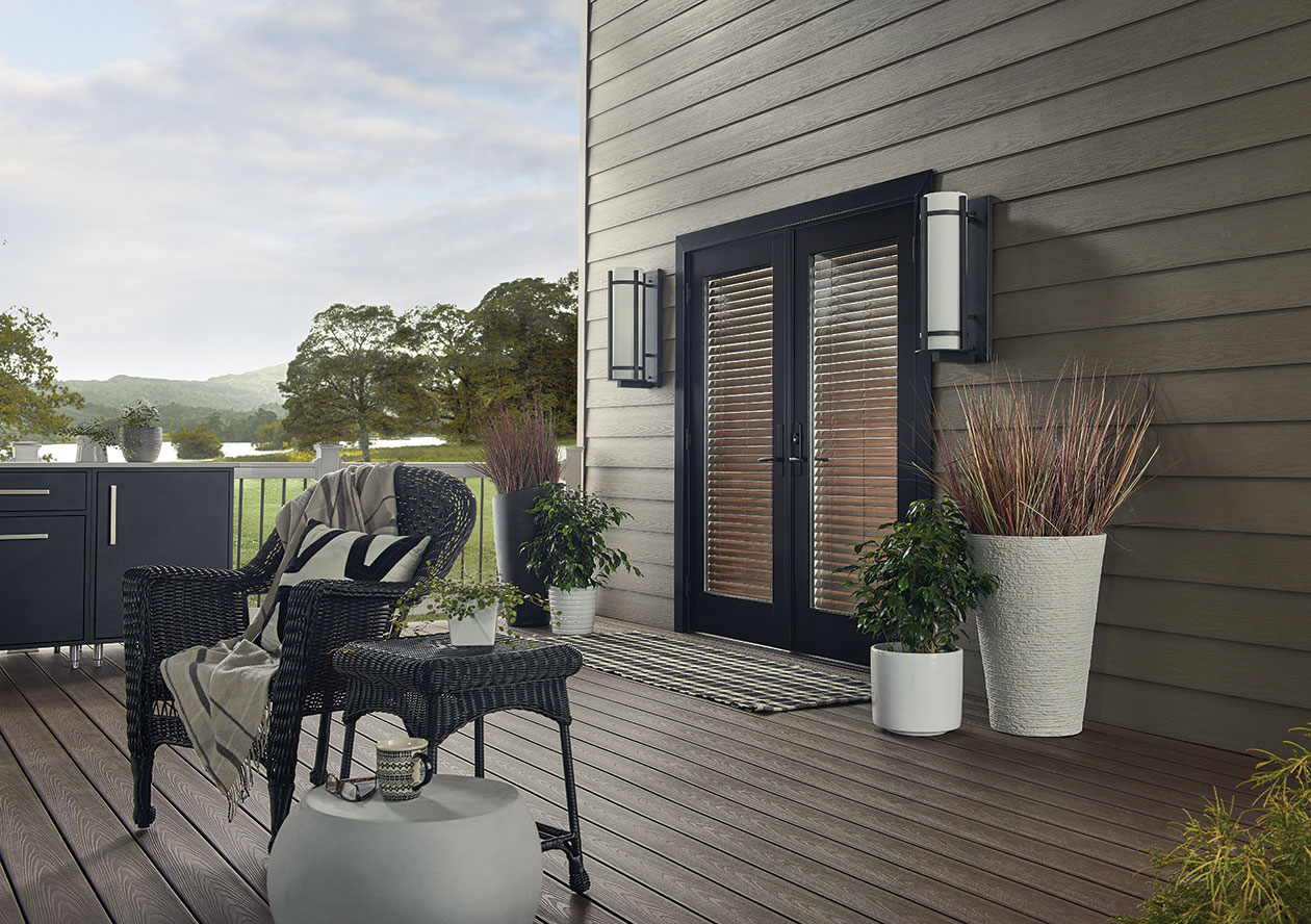 Wolf Perspective Composite Decking