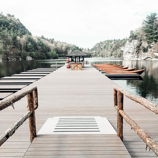 social-image-of-lake