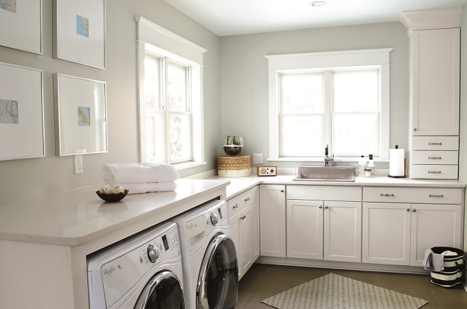 Wolf Signature Pure White in Laundry Room