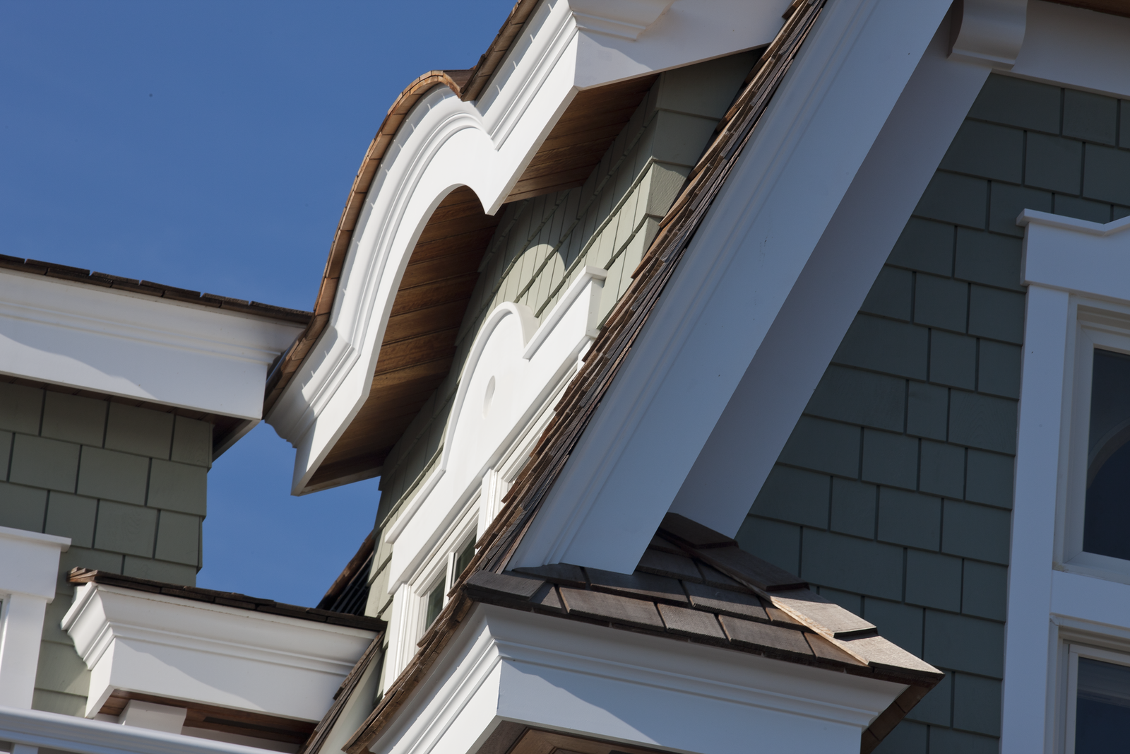 WOLF Mouldings - wolfhomeproducts