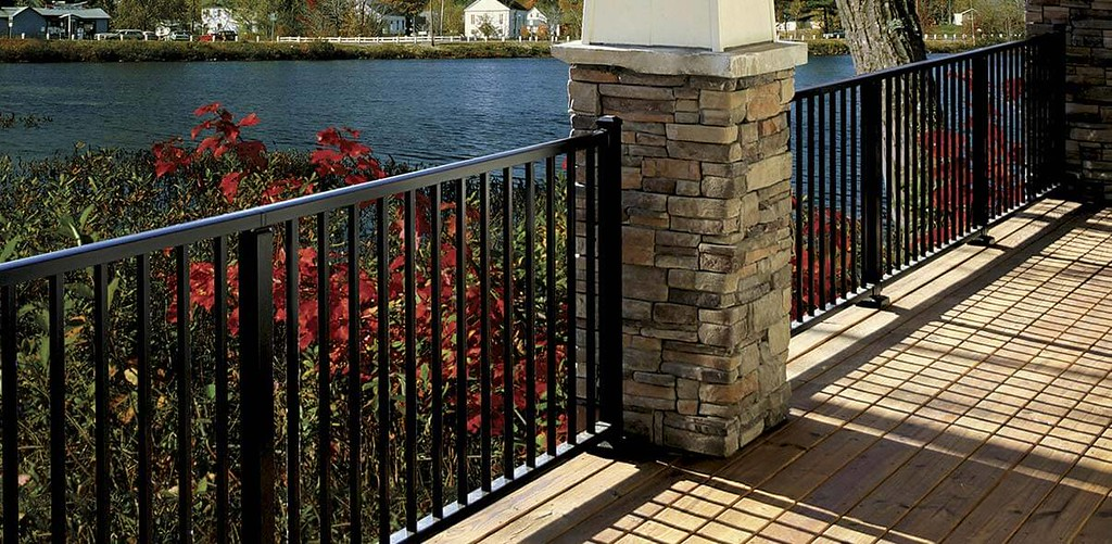 Aluminum Deck Railing Between Stone Columns