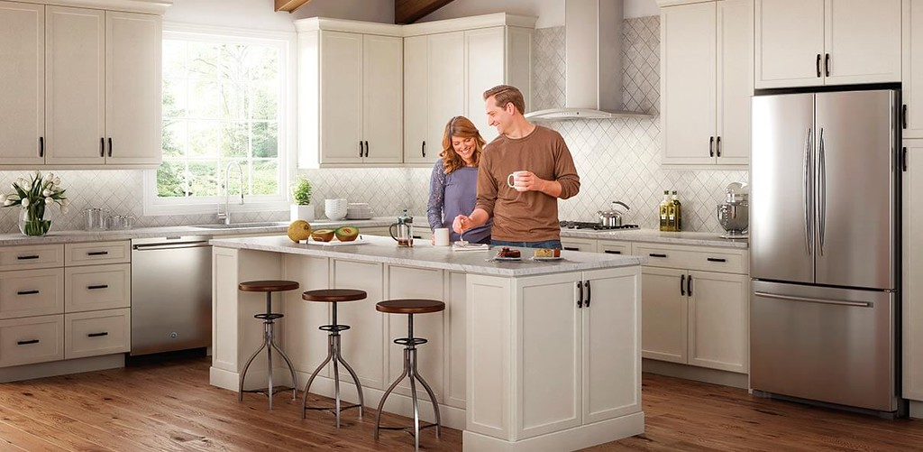 white transitional kitchen - Wolf Kitchen