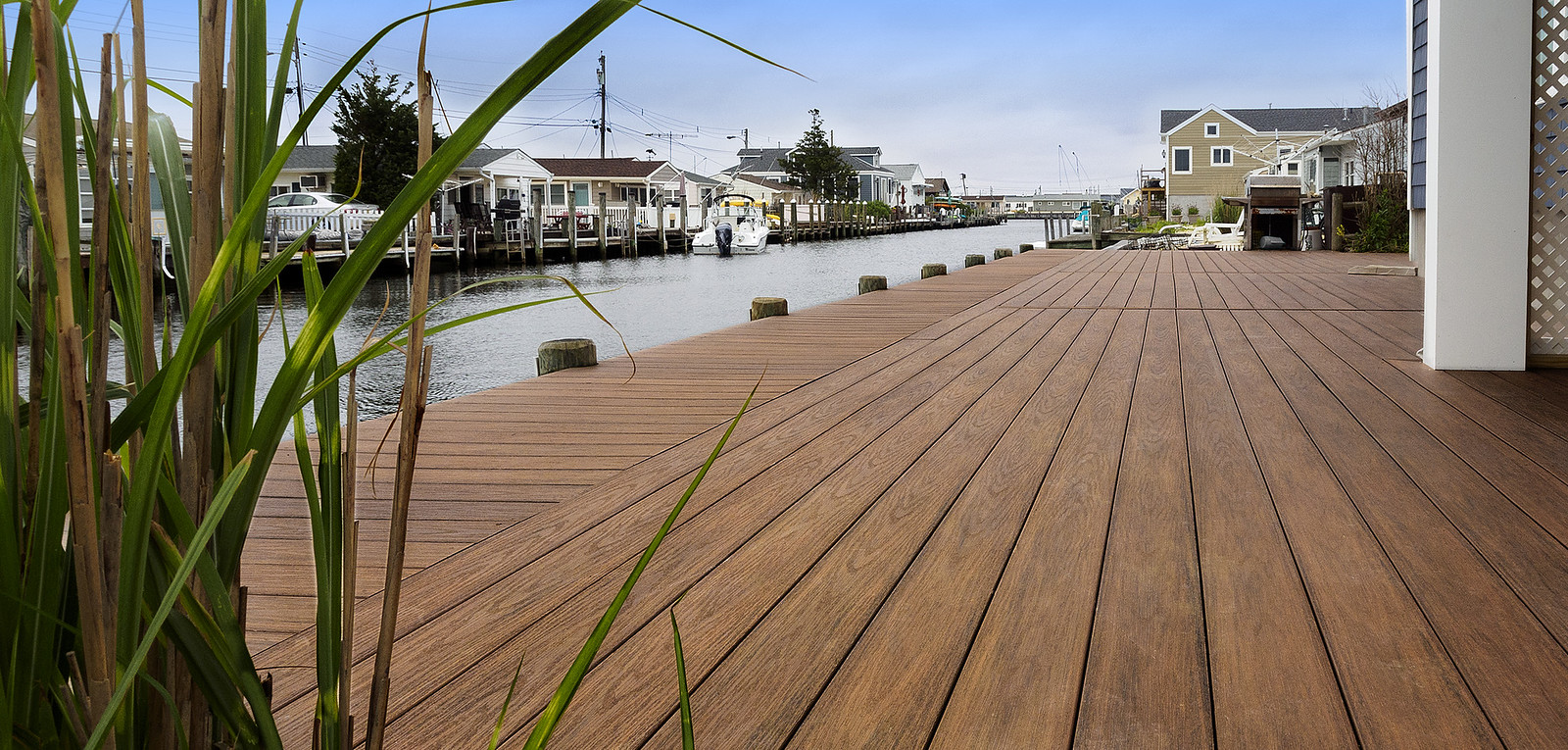 Wolf Serenity Decking, Tropical Hardwoods, Teakwood